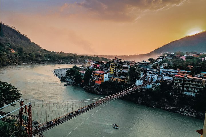 picture of Laxman Jhula in Rishikesh, India