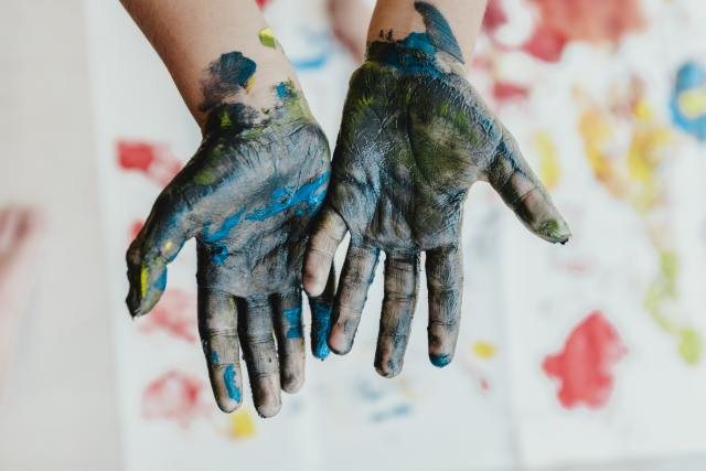 hand with paint colour
